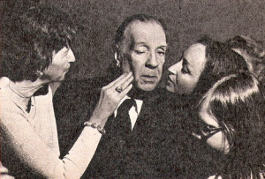 borges-groupies4